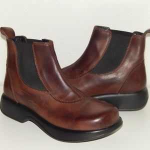 DANSKO brown leather ankle slip on boots 40 10